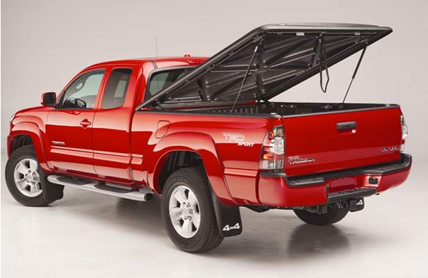tonneau cover on toyota truck