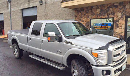 Ford Super Duty with Retrax MX front